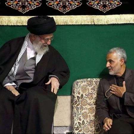 عکس سردار قاسم سلیمانی در کنار مقام معظم رهبری