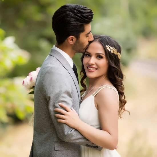 پروفایل عاشقانه عروس و داماد