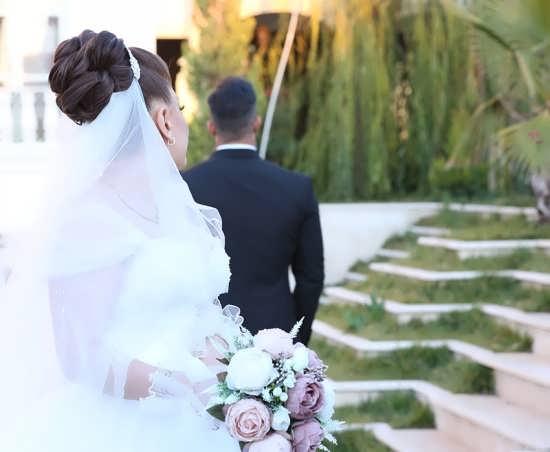 ژست عکس برای عروس و داماد