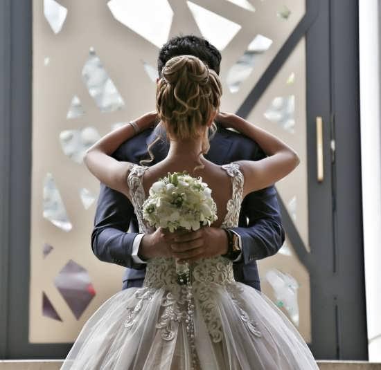 ژست عروس داماد برای پروفایل