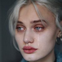 عکس پروفایل چشم گریان 1 + جملات غمگین تنهایی