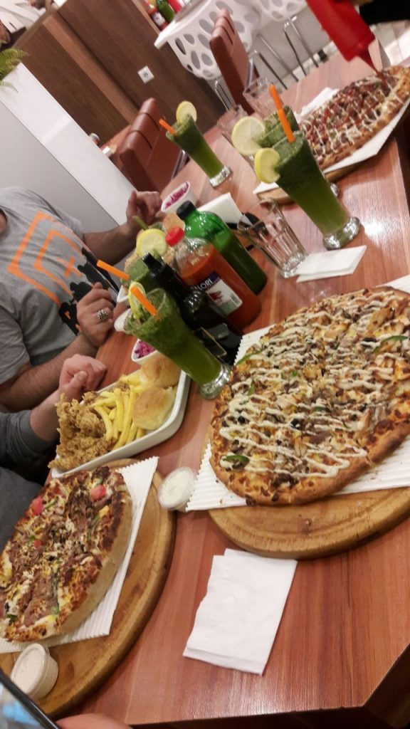 عکس پیتزا برای استوری 3